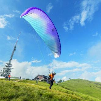 Paragliding - Cardada-Cimetta - 1 (© Ascona-Locarno Tourism - foto Alessio Pizzicannella)